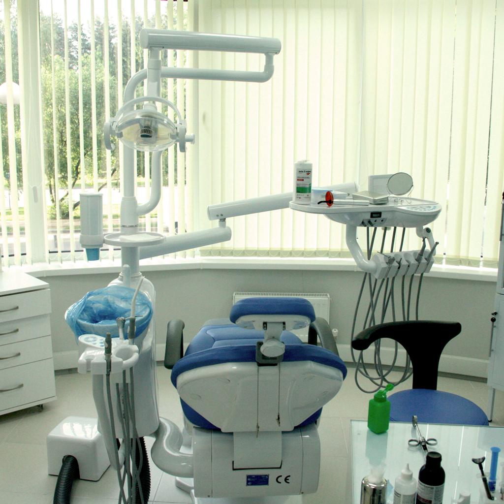 современное стоматологическое оборудование клиники Майстэрня Усмешки фото 5
